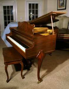 Pre Owned Baby Grand Estey