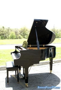 Wurlitzer Ebony Baby Grand Piano