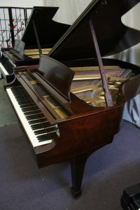 Steinway Model L Used Steinway Grand Piano, 1948 Steinway L Mahogany